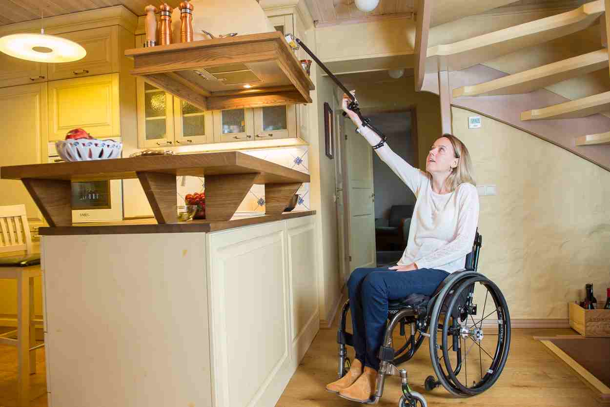 Reacher Grabbers For Handicapped Persons