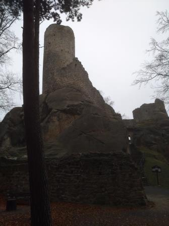 ruine 1 ajpg