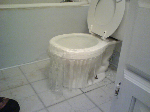 toilet-overflow-water-damagejpg