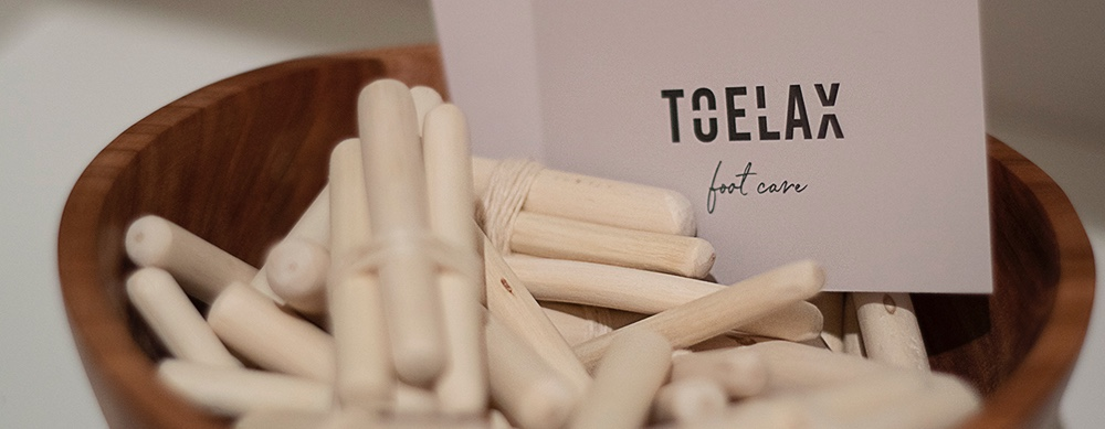 Toelax footcare by Daniela Thaler © Grafiktion by Petra Mosser