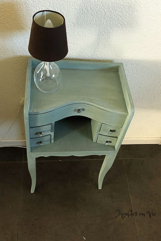 Duck Egg Blue, White Wax | L x p x h : 39x26x73 | Prix : 150 CHF